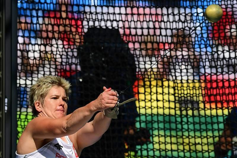 Polaca Anita Wlodarczyk bate recorde do mundo do lançamento do martelo