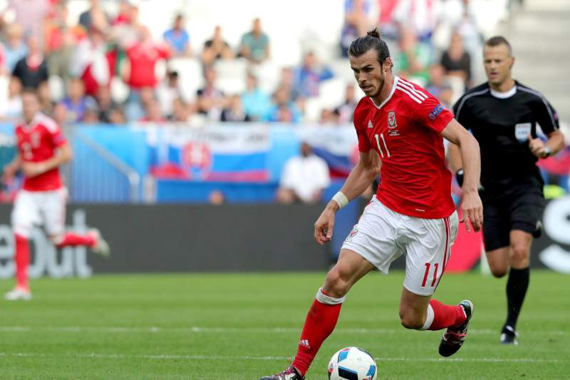 Gareth Bale brilha na estreia vitoriosa do Pa
