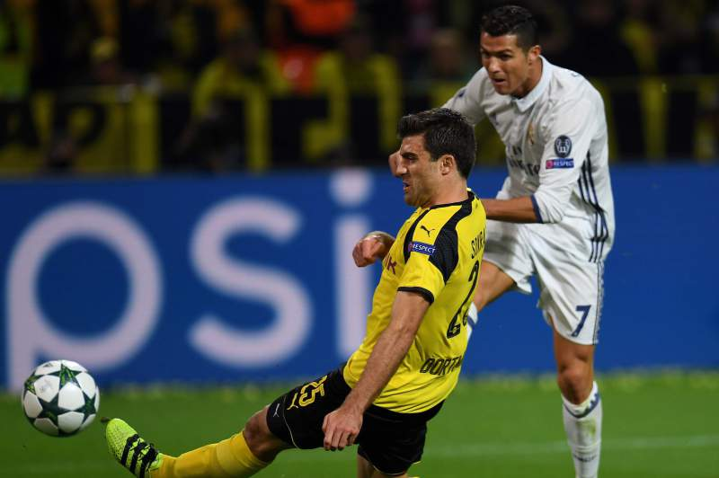 Ronaldo marca no empate do Real em Dortmund