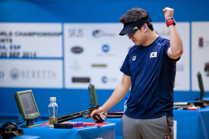 Rio2016: Atirador Jin Jong-Oh faz história com terceiro ouro em Jogos Olímpicos
