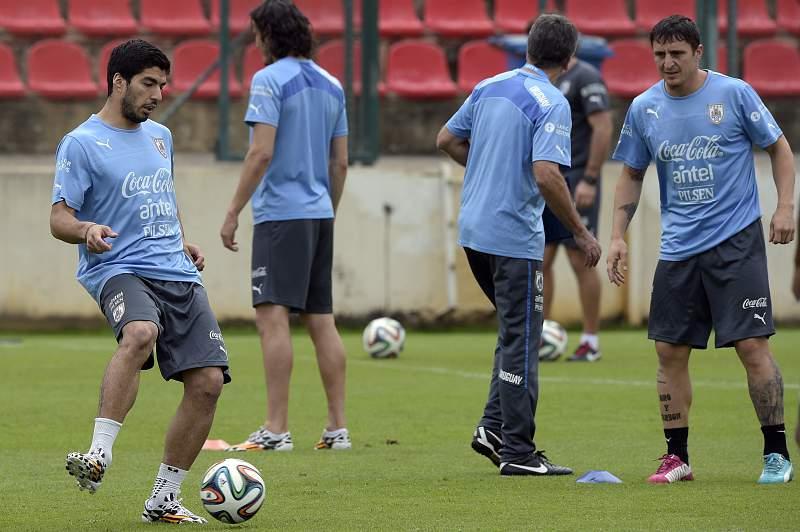 Suárez e Cristian Rodríguez