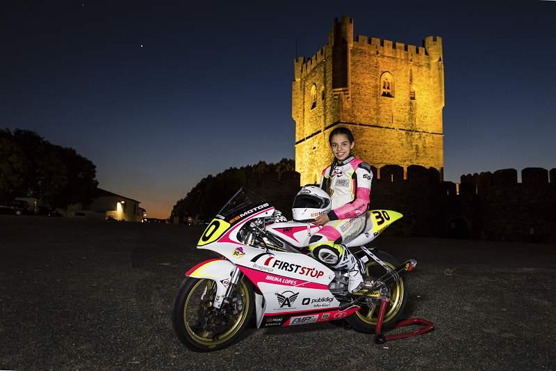 Bruna Lopes, piloto de motociclismo