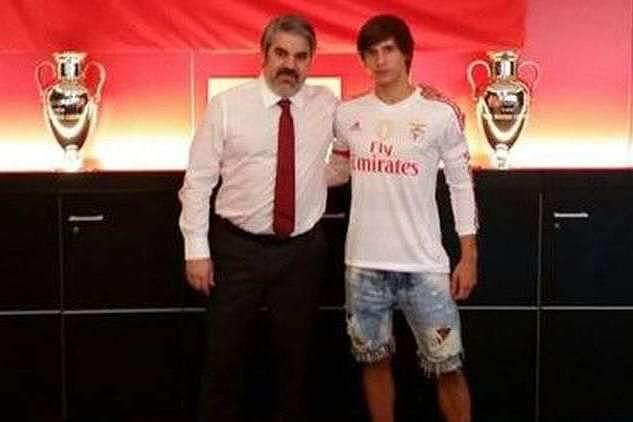 Benfica contrata Marko Martinovic