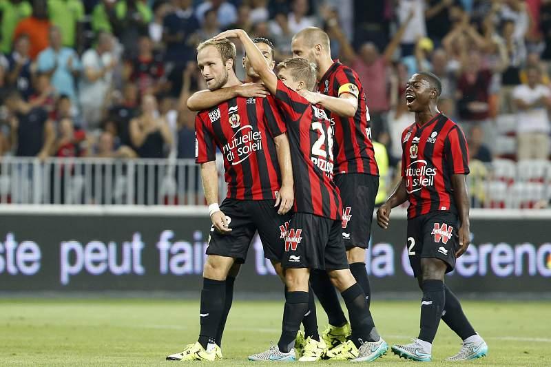 Valere Germain celebra o golo ao serviço do Nice