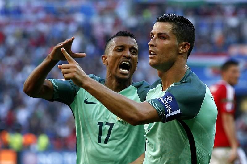 Ronaldo e Nani festejam golo