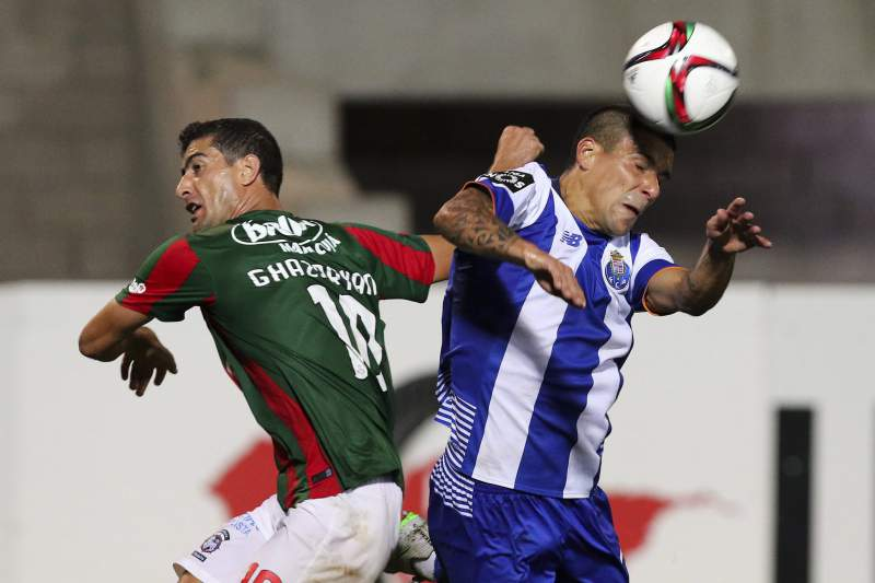 Ghazaryan luta com Maxi