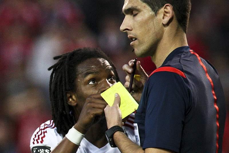 Renato Sanches foi expulso no jogo entre Marítimo e Benfica