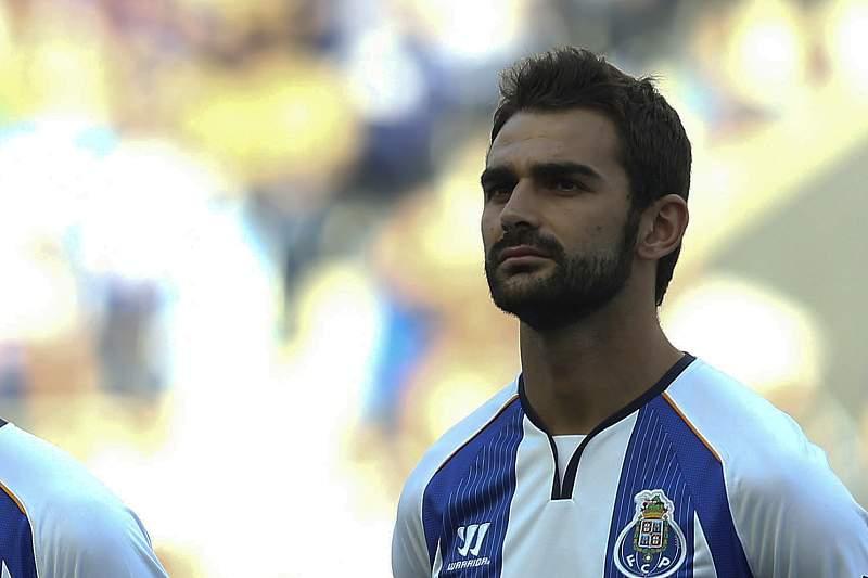 Casemiro na apresentação do FC Porto