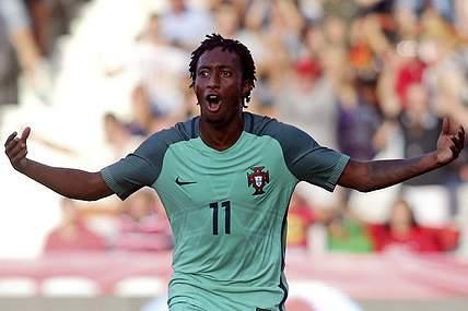 Portugal carimba passagem ao Euro2017 em Barcelos