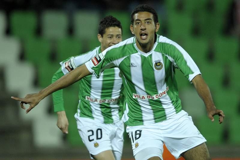 Hassan e Diego Lopes celebram um golo pelo Rio Ave