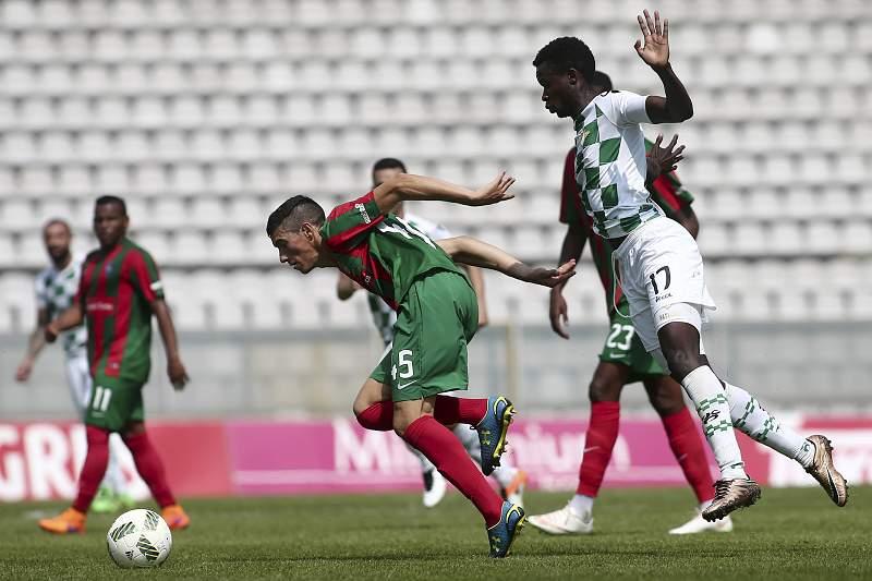 Fábio China em ação num jogo contra o Moreirense