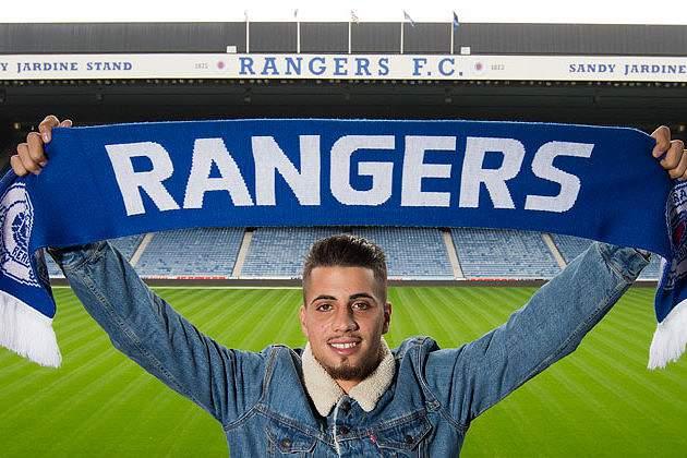 Fábio Cardoso assina pelo Rangers