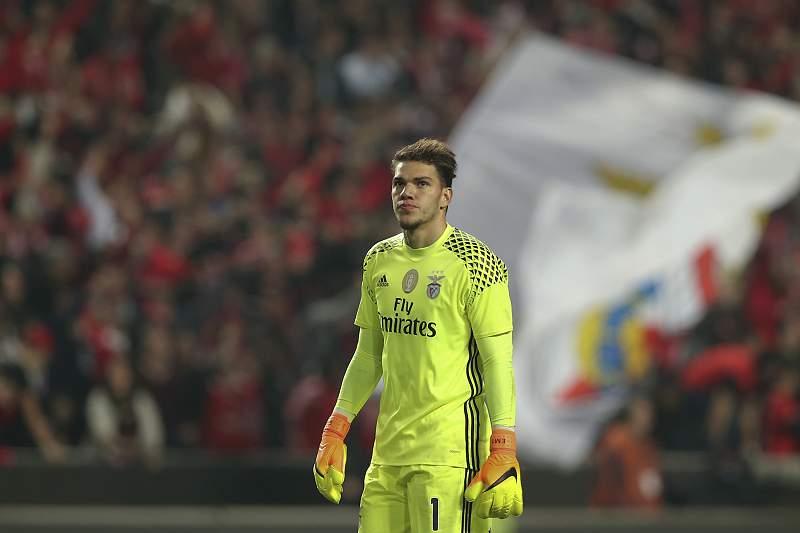 Ederson, guarda-redes do Benfica