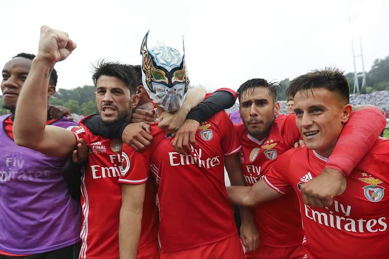 Raúl Jiménez festeja o golo no Jamor
