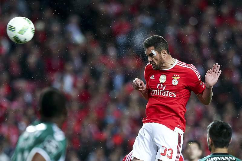 Vieira quer segurar Jardel com novo contrato e compra total do passe