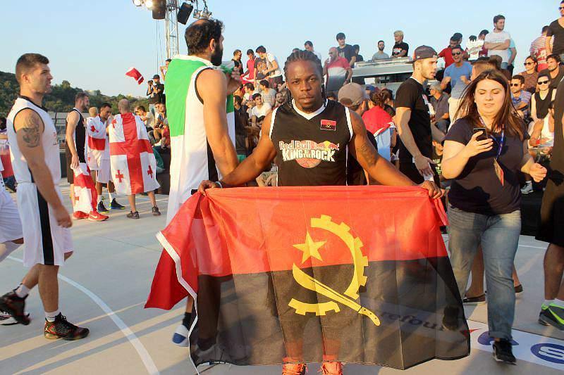 Hélcio não vence mas leva orgulho angolano até Istambul