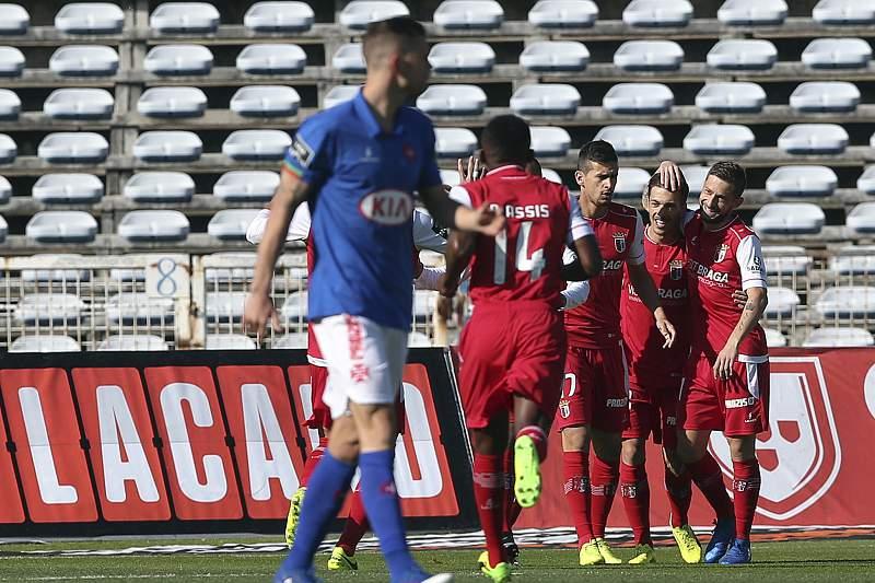 Jogadores do SC Braga celebram um golo frente ao Belenenses