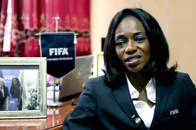 Isha Johansen foi detida por alegadamente desviar dinheiro proveniente da FIFA