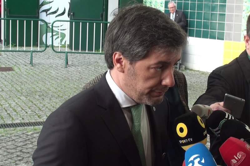 Bruno de Carvalho saúda video-árbitro na final da Taça de Portugal