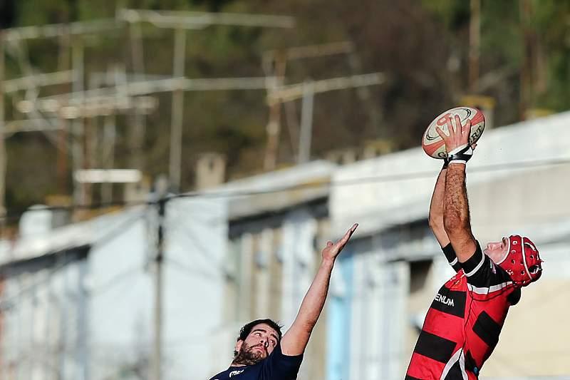 Vasco Uva em ação pelo GDD num jogo a contar para a Taça Ibérica de Râguebi
