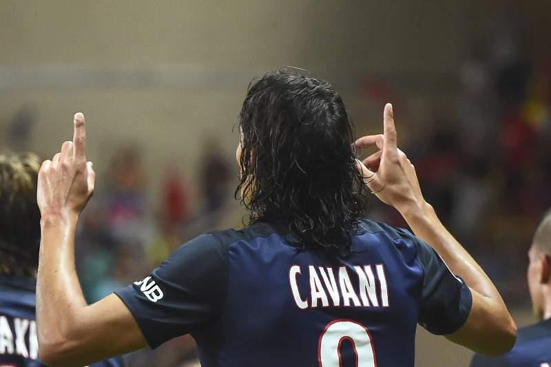 Edison Cavani celebra um golo frente ao Mónaco