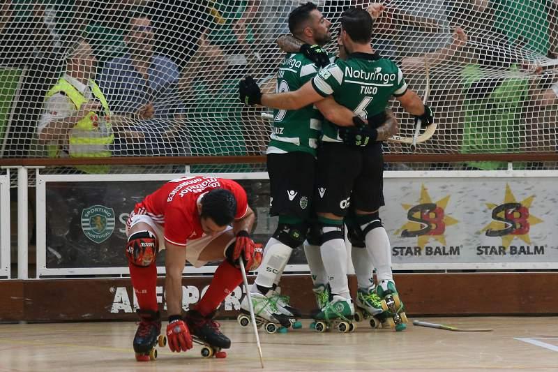 Sporting empata com Benfica e entrega título ao FC Porto