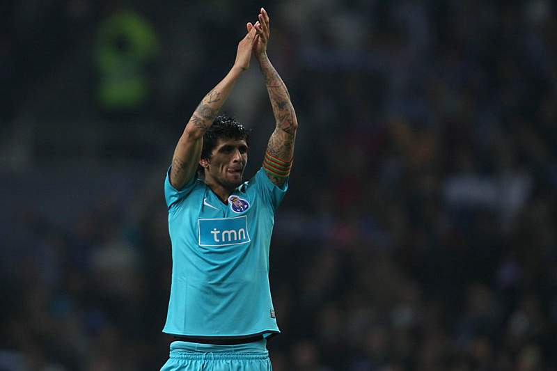 Lucho Gonzalez com a camisola do FC Porto