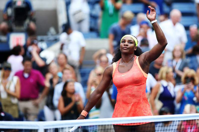 Serena vence e continua na rota do 'Grand Slam'