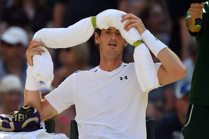 Andy Murray em ação no torneio de Wimbledon