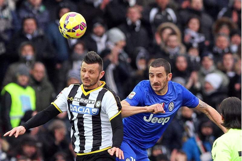 Ciryl Thereau da Udinese e Bonucci, da Juventus