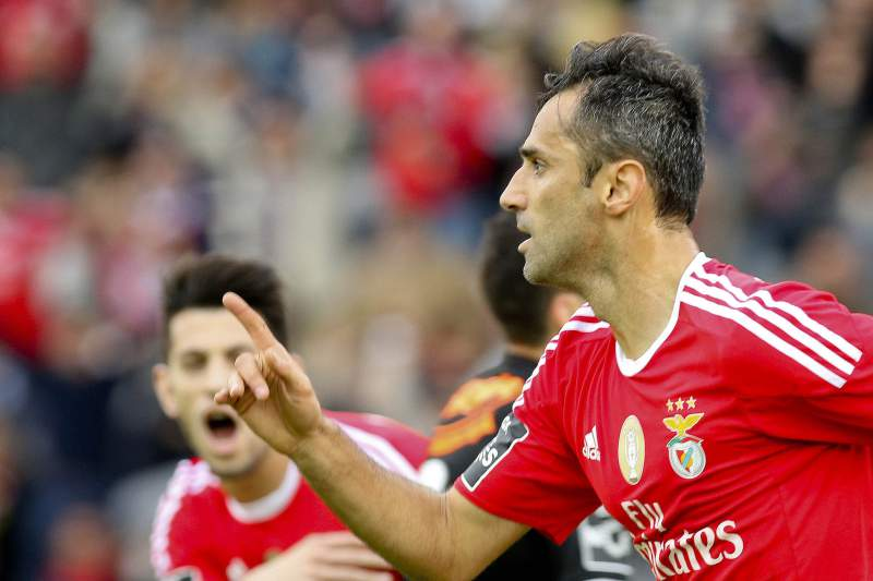 Benfica e FC Porto recusaram propostas de milhões por Jonas e Aboubakar