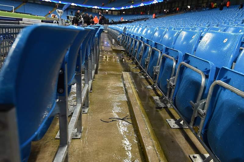 Adiado Manchester City-Borussia M'Gladbach devido ao mau tempo