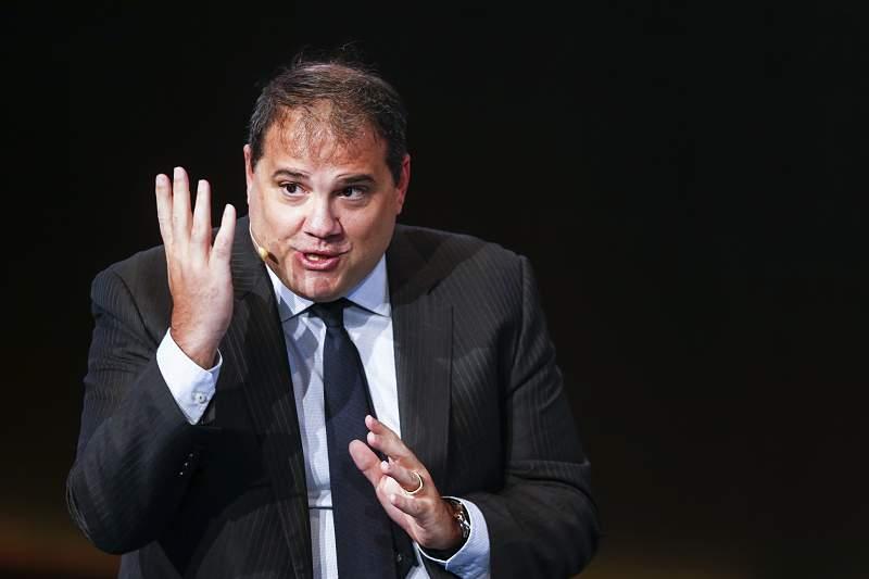 Victor Montagliani, presidente da CONCACAF, discursa durante a edição de 2017 da Football Talks