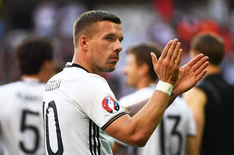 """Podolski e o formato do Euro: """"É estúpido"""""""