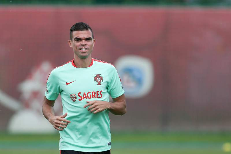 Portugal's soccer team in training for the FIFA Confederations Cup