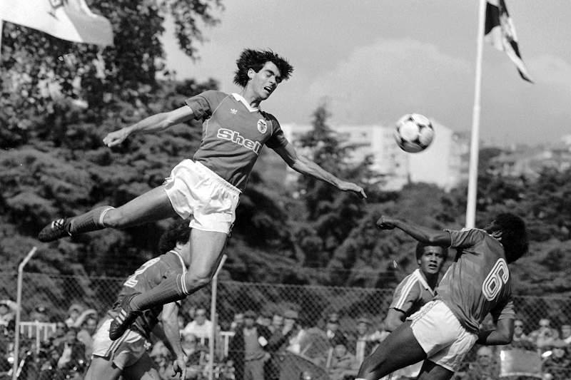 Rui Águas nas alturas na final da Taça de Portugal entre Benfica e Belenenses