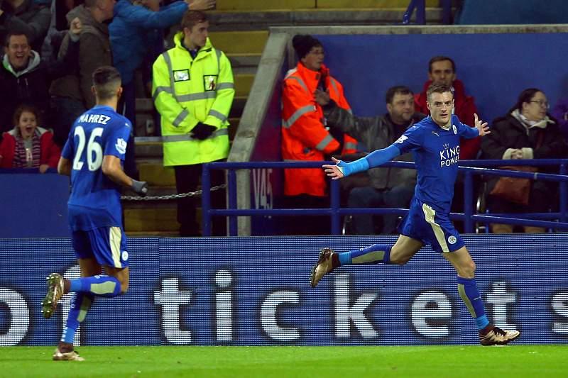 Jamie Vardy celebra um golo contra o Chelsea