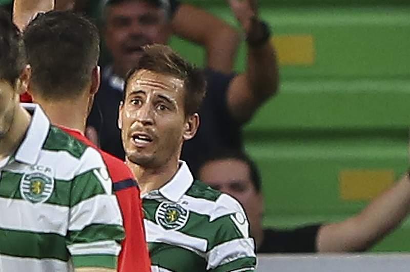 João Pereira foi expulso à 2ª jornada no empate a 1-1 com o Paços de Ferreira