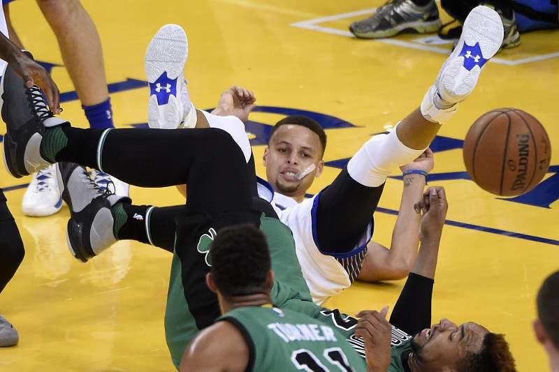 Boston Celtics at Golden State Warriors