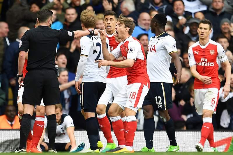 Tottenham vence dérbi de Londres frente ao Arsenal