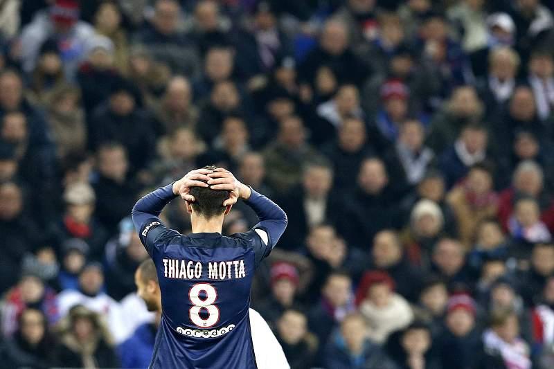 Thiago Motta, do PSG, reage durante o jogo com o Lyon