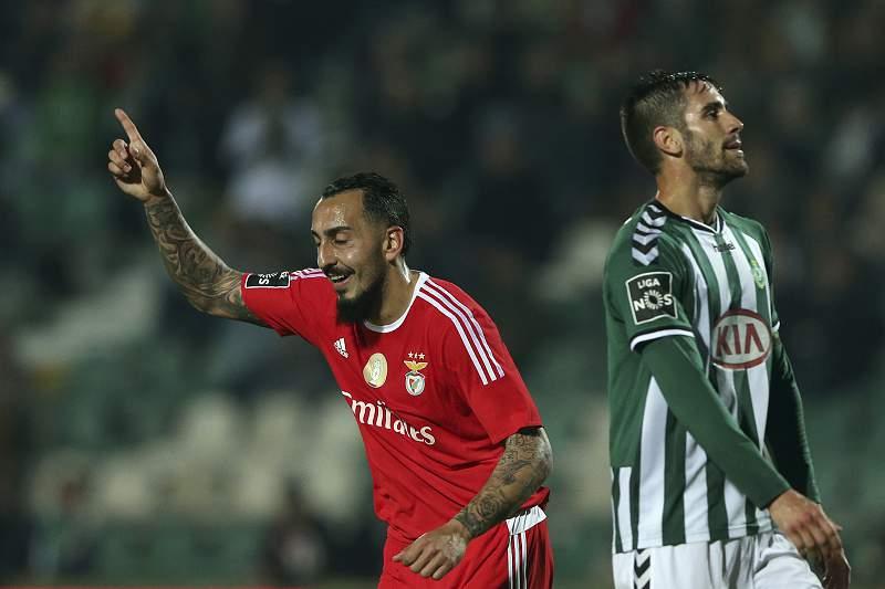 Mitroglou celebra um golo no Estádio do Bonfim