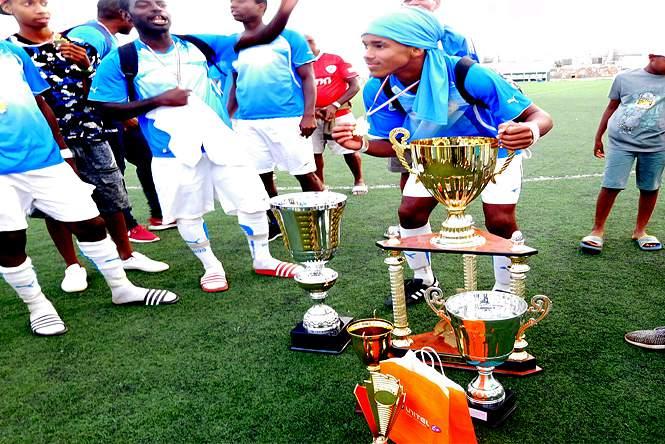 Futebol/Cabo Verde: Onze Unidos do Maio