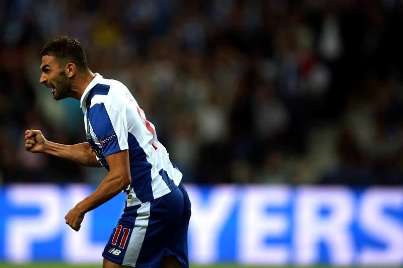 Adrián López viu um golo seu anulado