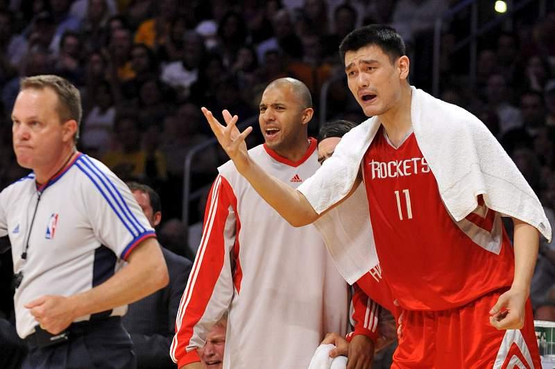 Yao Ming em ação pelos Houston Rockets
