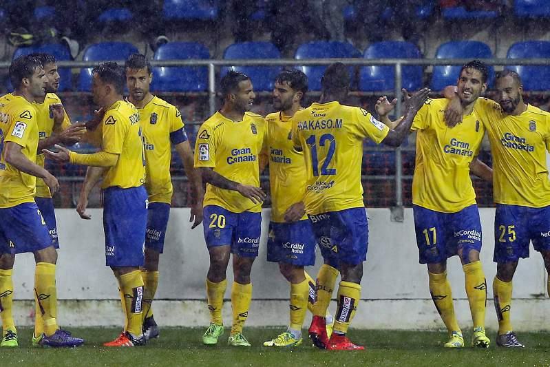 Jogadores do Las Palmas celebram triunfo
