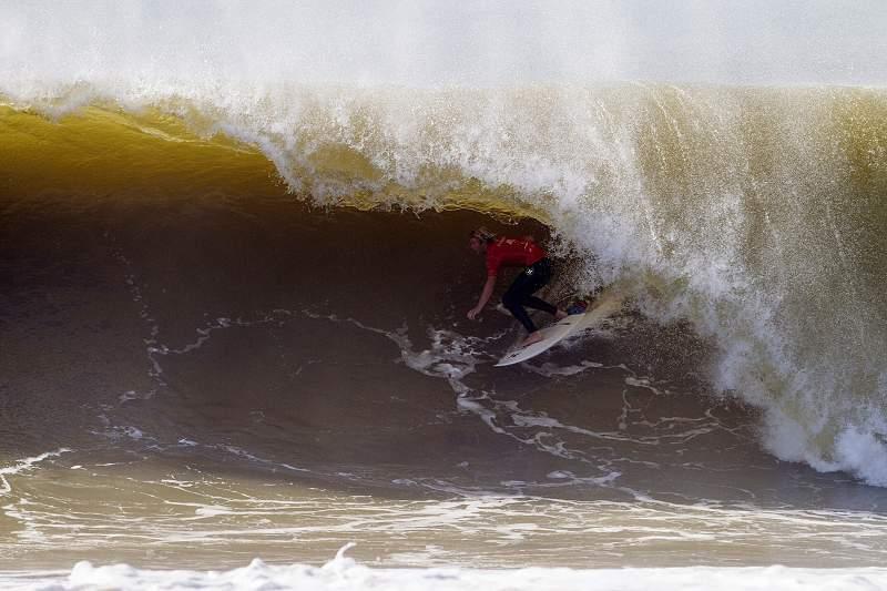 Surf/Rip Curl Pro Portugal : John John Florence e Mick Fanning seguem para os quartos