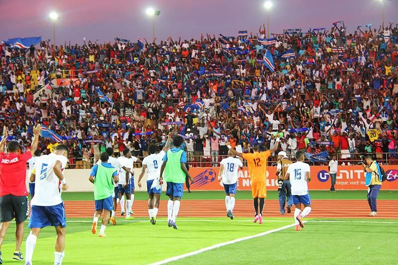 Público no Estádio Nacional de Cabo Verde
