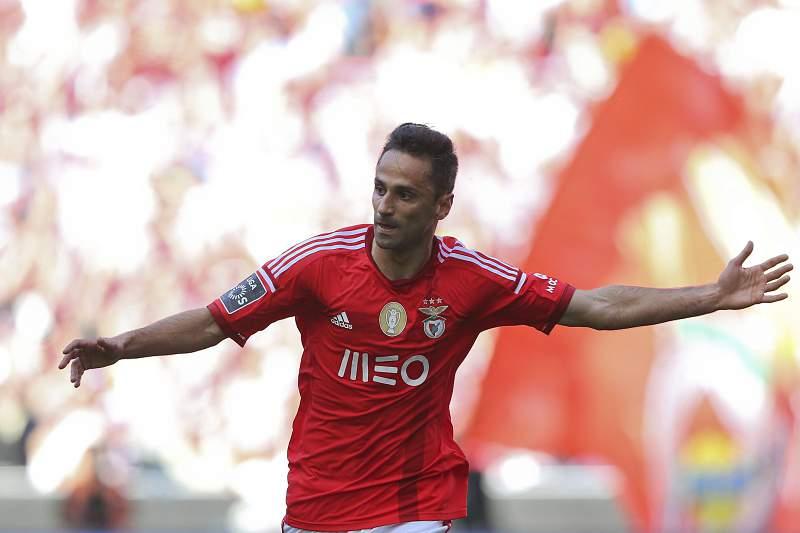 Jonas fez dois golos ao Nacional