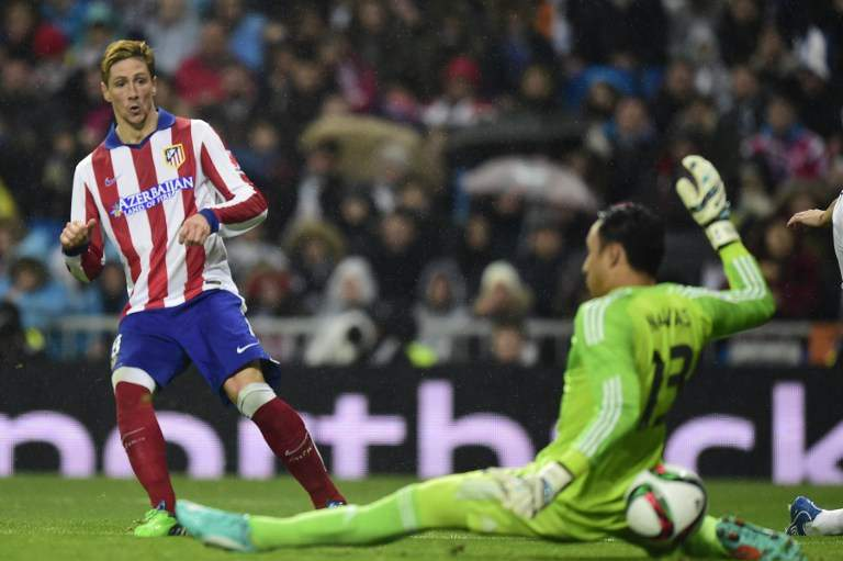 Torres marca ao Real Madrid